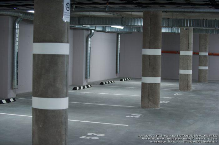 Parkingo senamiestyje statybų fotosesija. Nekilnojamojo turto fotografijos paslaugos. Fotoforma.lt